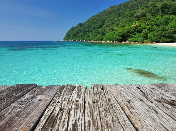 Plank & beach